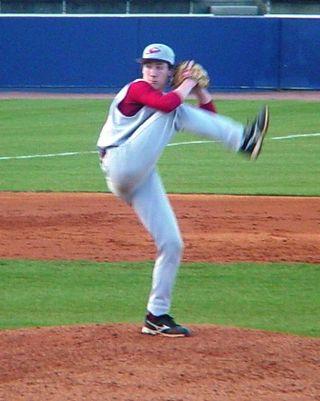 Luke Leeth pitching 2009-1web